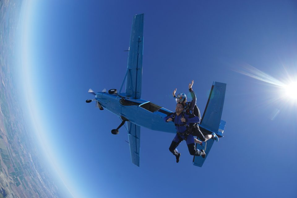 skydiving worth the risk