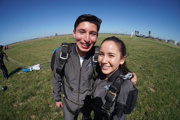 san francisco romantic getaway skydiving