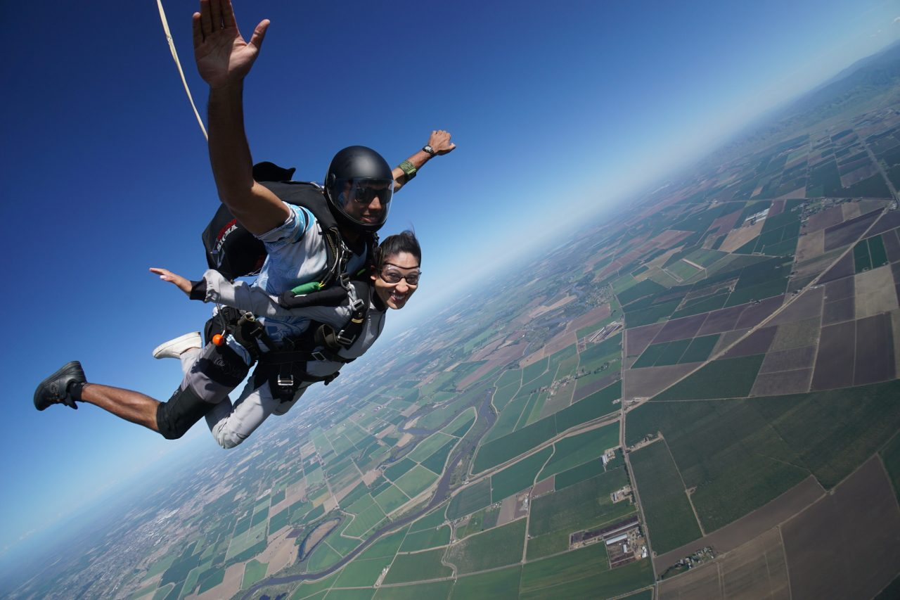 first time skydiving tips jumping from an airplane feeling