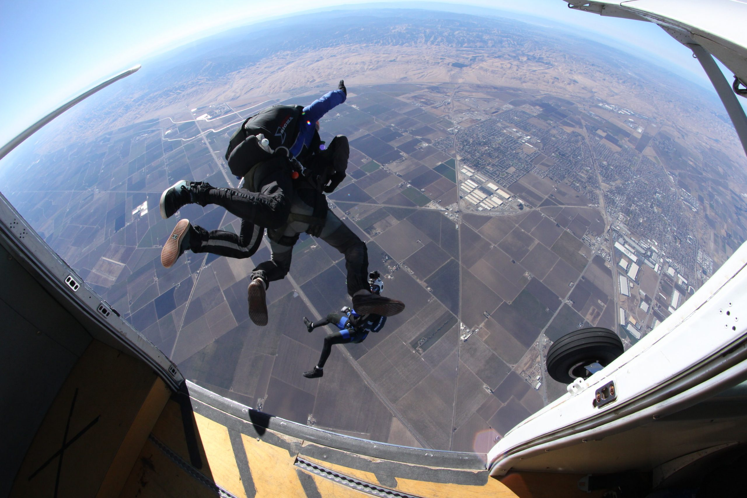 first time tandem skydiving tips fear of heights