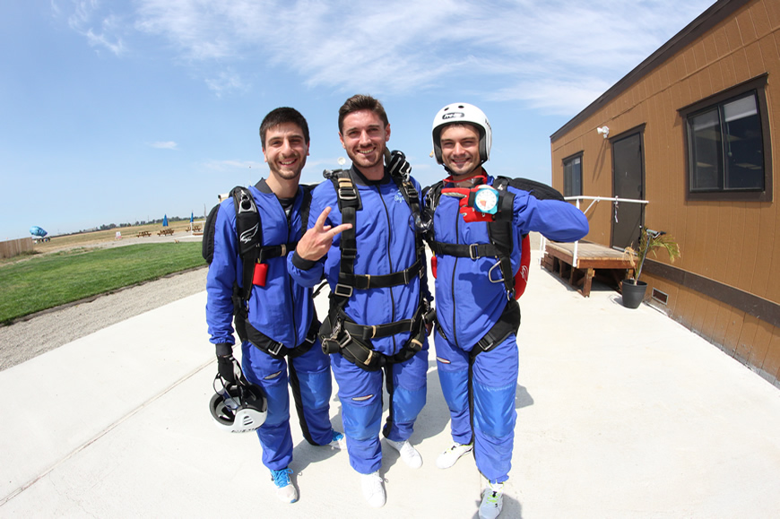skydiving requirements skydive california
