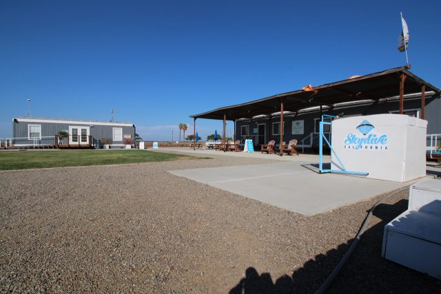 Skydive California Facilities
