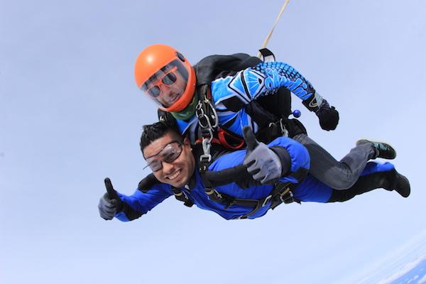 tandem skydive at skydive california
