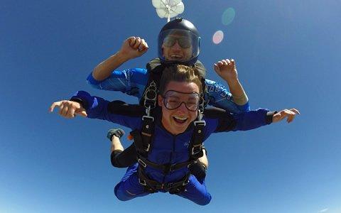 tandem skydiving skydive california
