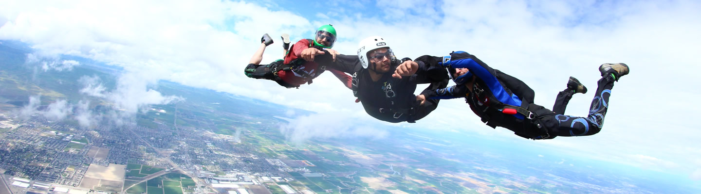 learn to skydive aff accelerated freefall